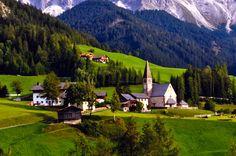 サンタ・マッダレーナ(Santa Maddalena)/イタリア 【永久保存版】死ぬまでに1度は行ってみたい!ヨーロッパの美しい村35選