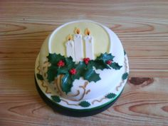 Christmas Candle Cake on Cake Central Christmas Themed Cake, Christmas Cake Designs, Christmas Cake Decorations, Holiday Cakes, Christmas Goodies, Holiday Desserts, Holiday Baking, Christmas Treats, Christmas Baking