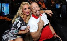 Coco Austin, has publicized that she and her well-known mature husband, 57 Law & Order: SVU star Ice-T having their first baby. Coco the previous bikini model made the declaration on Twitte. Celebrity Moms, Celebrity Style, Ice T And Coco, Coco Baby, Baby Chanel, Love And Co, First Pregnancy, Hollywood Life, White Girls