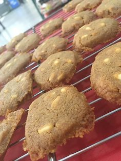 WALNUT AND COFFEE COOKIES! SEE OUR BONUS RECIPE! Coffee Cookies, Biscotti, Desserts, Recipes, Food, Deserts, Coffee Biscuits, Dessert, Rezepte