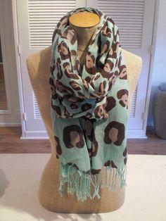 Leopard print scarf <3