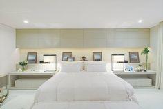 Apartamento no Alto de Pinheiros / Debora Aguiar #bed #bedroom #lighting #cabeceira
