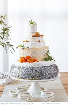 Love all those cheese wedding cake.