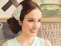 Bridal Fascinator / Feather Wedding Head Piece / Feather Facinator (Swan Song Hair Fascinator : Mint)