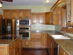 Same layout as the kitchen at David's (my uncle) we could put a wall oven in!!