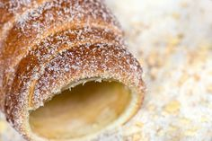 Skalický trdelník Kurtos Kalacs, Y Recipe, Chimney Cake, Chicken Eggs, Food Dishes, Doughnut, Sweet Tooth, Good Food, Food And Drink