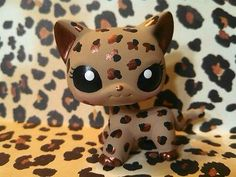 That wild thang Lps custom shorthair cat                                                                                                                                                                                 More