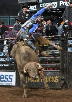 J.B. MAUNEY ON SMACKDOWN AT THE PBR