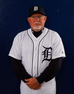 Ron Gardenhire Photos - Ron Gardenhire of the Detroit Tigers poses for a photo during photo days on February 2018 in Lakeland, Florida. Detroit Sports, Detroit Tigers Baseball, Baseball Live, Braves Baseball, Mlb Players, Baseball Players, Baseball Drawings, Casey Stengel, State Of Michigan