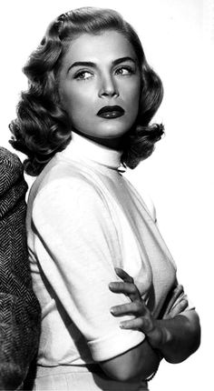 """.Lizabeth Scott photographed by A.L. """"Whitey"""" Schafer for The Strange Love of Martha Ivers, 1946"""