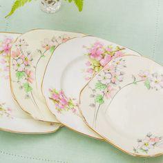 Best Vintage Cake Plates Products on Wanelo