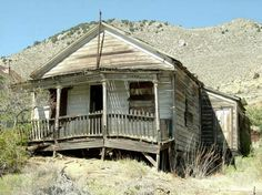 Virginia City arrested decay : Photo Details :: Photos From Around Carson