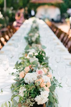 I like these flower colors for table garlands