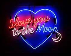 'I love you to the moon' Neon