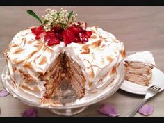 """This is """"La tarta de mi tia / My aunt´s cake"""" by Good taste.Buen sabor on Vimeo, the home for high quality videos and the people who love them. Healthy Foods To Eat, Healthy Eating, Healthy Recipes, Homemade Desserts, Homemade Cakes, The Help, Wordpress, Pudding, Deserts"""