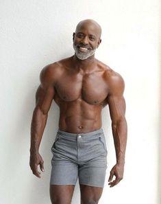 Bald Men With Beards, Black Men Beards, Male Beauty, Black Beauty, Hunks Men, Shirtless Men, Fine Men, Male Physique, Muscle Men