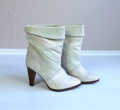 vtg 70s ZODIAC cream leather COWBOY BOOTS heels by TigerlilyFrocks, $83.00