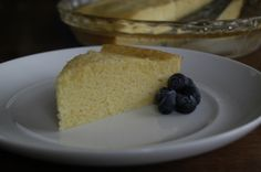 This simple corn bread recipe (serves 8) is just as tasty as the one on the box of cornmeal, but has half the calories and no cholesterol.    Part of the Swedish Healthy Recipes collection (heart healthy, recipe, dinner).