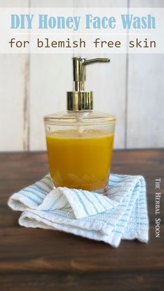 Honey homemade face wash for blemish free skin, great for sensitive or irritated skin too - The Herbal Spoon