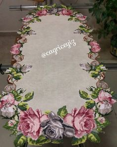 1 million+ Stunning Free Images to Use Anywhere Cushion Embroidery, Ribbon Embroidery, Cross Stitch Embroidery, Hand Embroidery Patterns Flowers, Hand Embroidery Designs, Cross Stitch Designs, Cross Stitch Patterns, Lily Painting, Fabric Painting