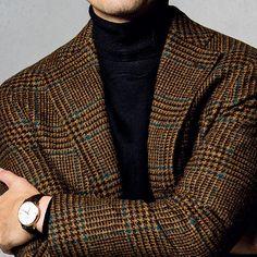カントリー調のジャケットをモダンに見せるには?【1分で出来るスーツのお洒落】 Mens Fashion Blog, Mens Fashion Suits, Mens Suits, Fashion Outfits, Blackburn, Blazer Outfits Men, Casual Suit, Gentleman Style, Tweed Jacket