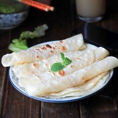 Learn what are Chinese Meat Cooking Meat Recipes, Asian Recipes, Cooking Recipes, Asian Foods, Dinner Recipes, Ethnic Recipes, Mandarin Pancakes, Burmese Food, Pancake Calories