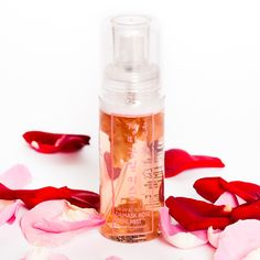 Whamisa Organic Flowers Damask Rose Petal Mist Hydrates and brightens the skin