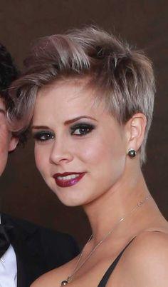 19.2015 Pixie Haircut