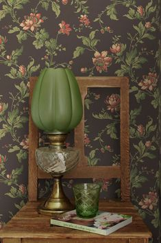 Romantic longing and gentle comfort are expressed in floral pattern wallpaper Astrid. The matt surface print makes the floral tendrils appear as if. Grey Wallpaper, Flower Wallpaper, Floral Pattern Wallpaper, Grey Wall Decor, Beautiful Flowers Wallpapers, Relaxation Room, Wallpaper Samples, Motif Floral, Grey Walls