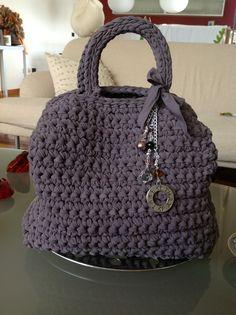 Borsa bauletto fettuccia crochet