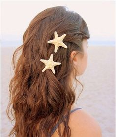 Fashion lovely natural starfish hairpin; would be a good idea for beach weddings
