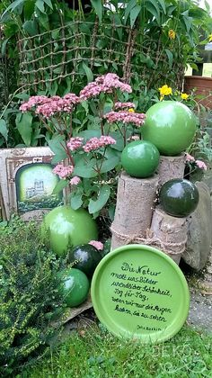 # garden decoration with green balls on wooden trunks. - - # garden decoration with green balls on wooden trunks. Different regards tree trunks as garden decoration Diy Garden Projects, Diy Garden Decor, Garden Decorations, Garden Ideas, Wood Projects, Diy Jardin, Wooden Trunks, Fleurs Diy, Garden Images
