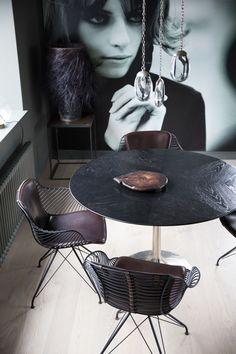 Overgaard & Dyrman Wire Dining Chairs in Michala Jessens Copenhagen flat. Photo: Birgitta Wolfgang - www.oandd.dk