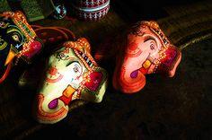 Papier mâché mask - Raghurajpur, Orissa