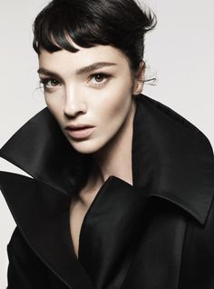 Style - Minimal + Classic: Mariacarla Boscono - Vogue Turkey - Elegance