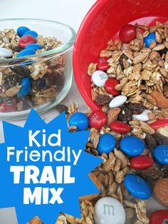 Make your own Kid-Friendly Trail Mix- such a good snack for road trips, airplane rides or anytime! Lunch Snacks, Healthy Snacks, Lunches, Kid Snacks, Healthy Eating, Healthy Kids, Lunch Box, Healthy Recipes, Yummy Treats