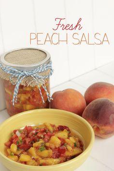 Fresh Peach Salsa Recipe-with Grand Junction Peaches! In the fridge for now. Peach Salsa Recipes, Fruit Recipes, Summer Recipes, Mexican Food Recipes, Appetizer Recipes, Healthy Recipes, Appetizers, Fresh Peach Pie, Sauces