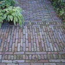 Jaren30woningen.nl | Typische bestrating voor een #jaren30 tuin