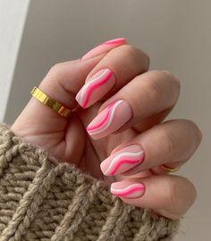 Acrylic Nails Coffin Short, Square Acrylic Nails, Almond Acrylic Nails, Pink Acrylic Nails, Coffin Shape Nails, Pink Tip Nails, Almond Nails Pink, Pink Summer Nails, Classy Acrylic Nails