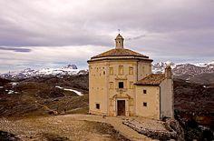 Rocca Calascio - Mt. Gran Sasso, Abruzzoby © Giuseppe Andrea