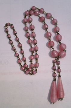 1920s Art Deco Pink Swirl Glass Bead Drop Vintage Necklace