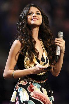 Selena Gomez Photos: MTV Europe Music Awards 2011 - Show
