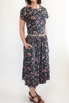 vintage flower print dress with pockets on Etsy, $34.00