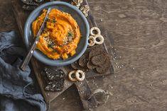 Polévka z dýně, pečená i pomazánka aneb slané dýňové recepty Paella, Tofu, Pumpkin, Ethnic Recipes, Spreads, Diet, Hokkaido Dog, Pumpkins, Squash
