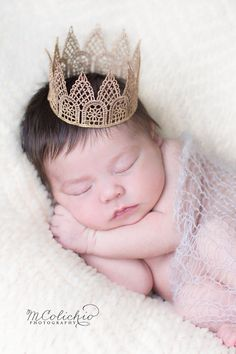 Newborn Baby Boy or Girl Unisex Gender Neutral Mini Lace Crown - Gold Crown - Photography Prop - Birthday