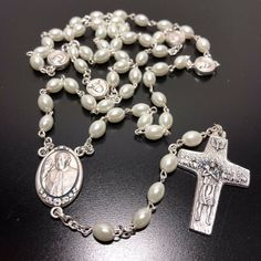 Dedicated To Pope Francis - Mother Of Pearl Mop Rosary Blessed By Pope - Catholically Rosary Catholic, Catholic Gifts, Religious Gifts, Religious Jewelry, Altar, Effigy, Pope Francis, Mother Pearl, Boho Rings