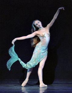 #Mermaid #Mermaidballet #Ballet