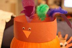 39 Thanksgiving Crafts for Kids - Craft Fiesta Cute Crafts, Fall Crafts, Holiday Crafts, Holiday Fun, Arts And Crafts, Holiday Ideas, Kid Crafts, Christmas Ideas, Festive
