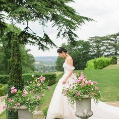 Tulle off the shoulder wedding dress looks so pretty on the South Lawn. We love this summer wedding dress captured by during Bridal portraits. Country House Wedding Venues, Luxury Wedding Venues, Chic Wedding, Summer Wedding, Hedsor House, Georgian Mansion, Bridal Portraits, Celebrity Weddings, Lawn