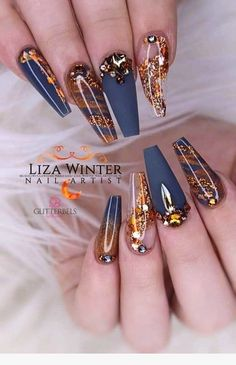 22 best blue & gold nails images in 2019 Glam Nails, Bling Nails, Cute Nails, Pretty Nails, Gold Stiletto Nails, Gradient Nails, Fancy Nails, Holographic Nails, Beauty Nails